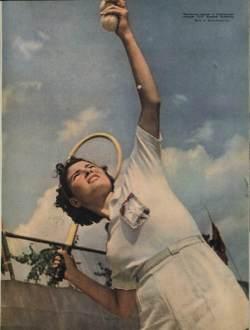 Советские девушки на журнальных фотографиях